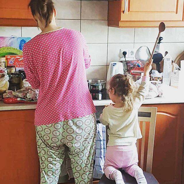 Babakonyha főzés reggel